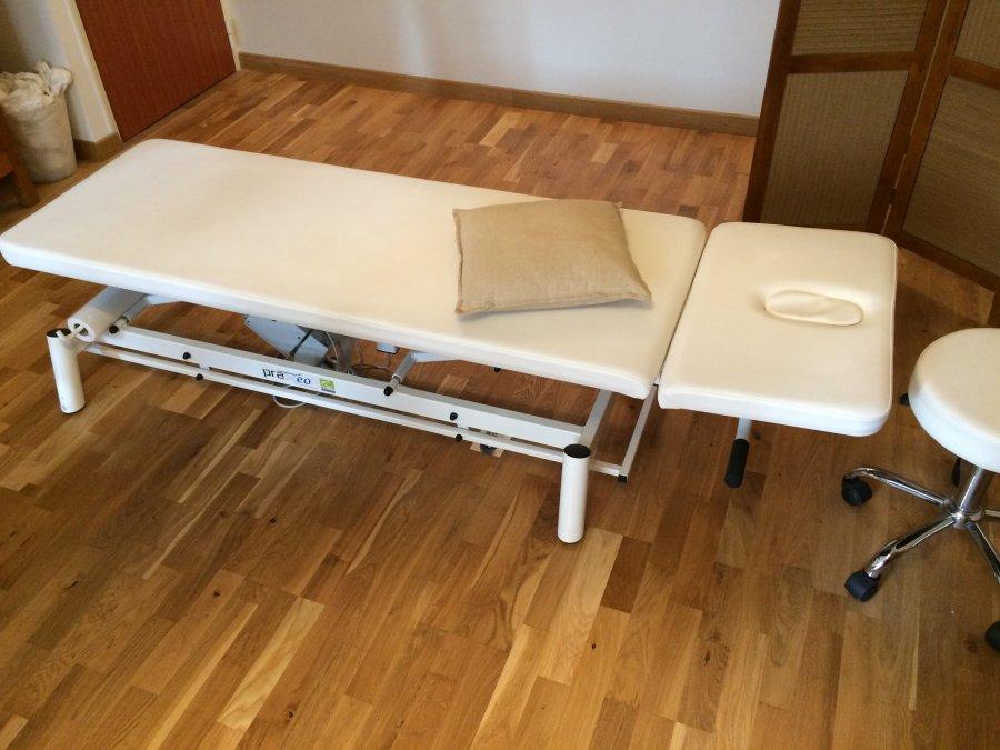 Table électrique Praxeo offre Matériel